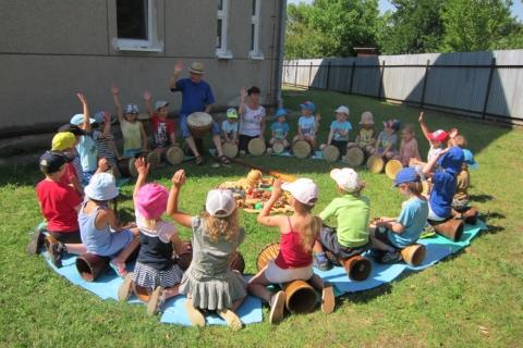 Veselé bubnování